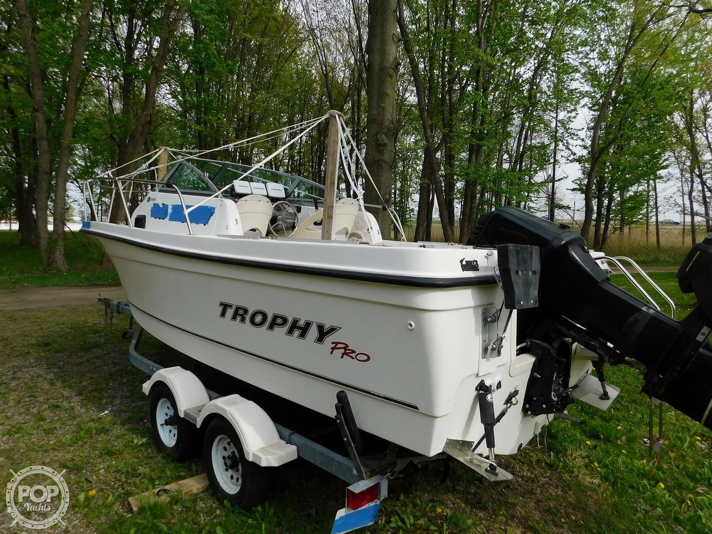 2005 Bayliner boat for sale, model of the boat is Trophy 2002 WA & Image # 31 of 40