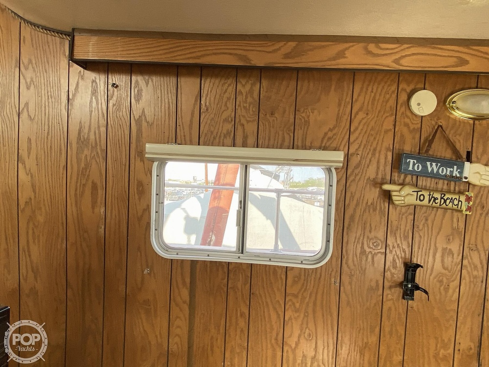 1984 Holiday Mansion boat for sale, model of the boat is Barracuda 36 & Image # 16 of 40