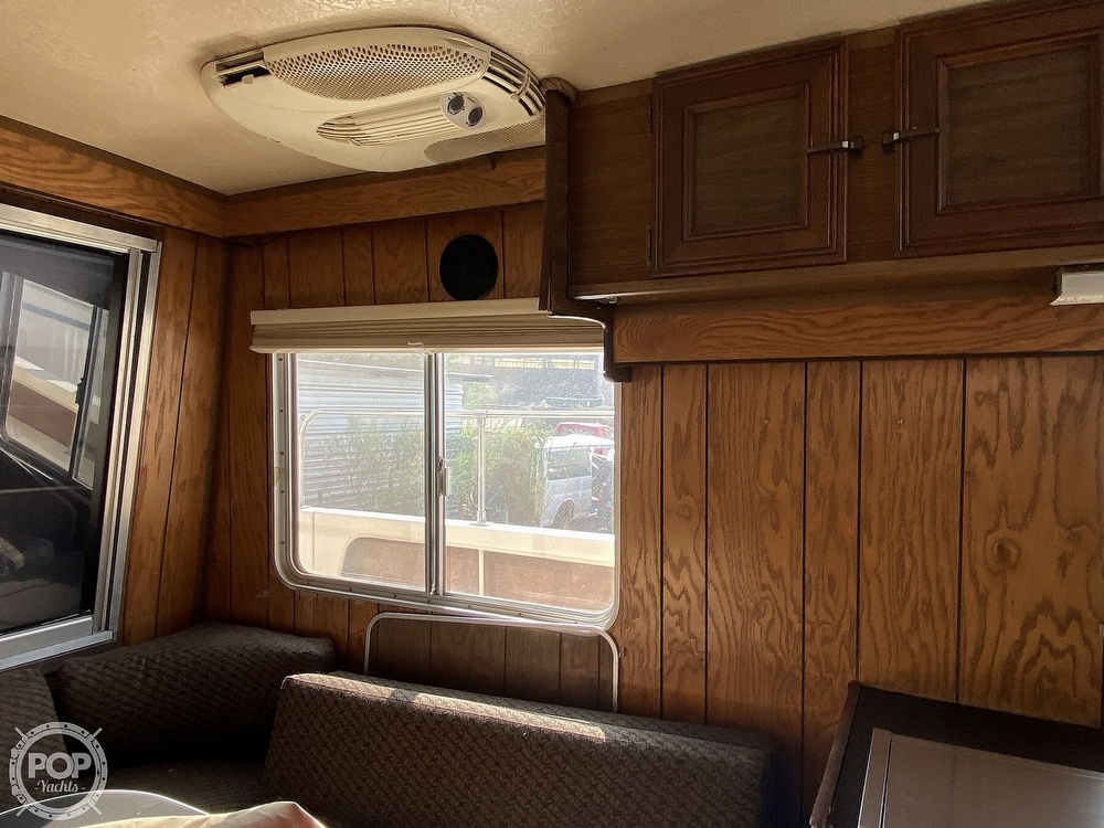 1984 Holiday Mansion boat for sale, model of the boat is Barracuda 36 & Image # 30 of 40