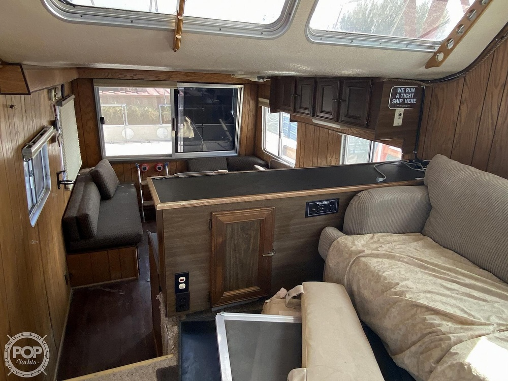 1984 Holiday Mansion boat for sale, model of the boat is Barracuda 36 & Image # 4 of 40