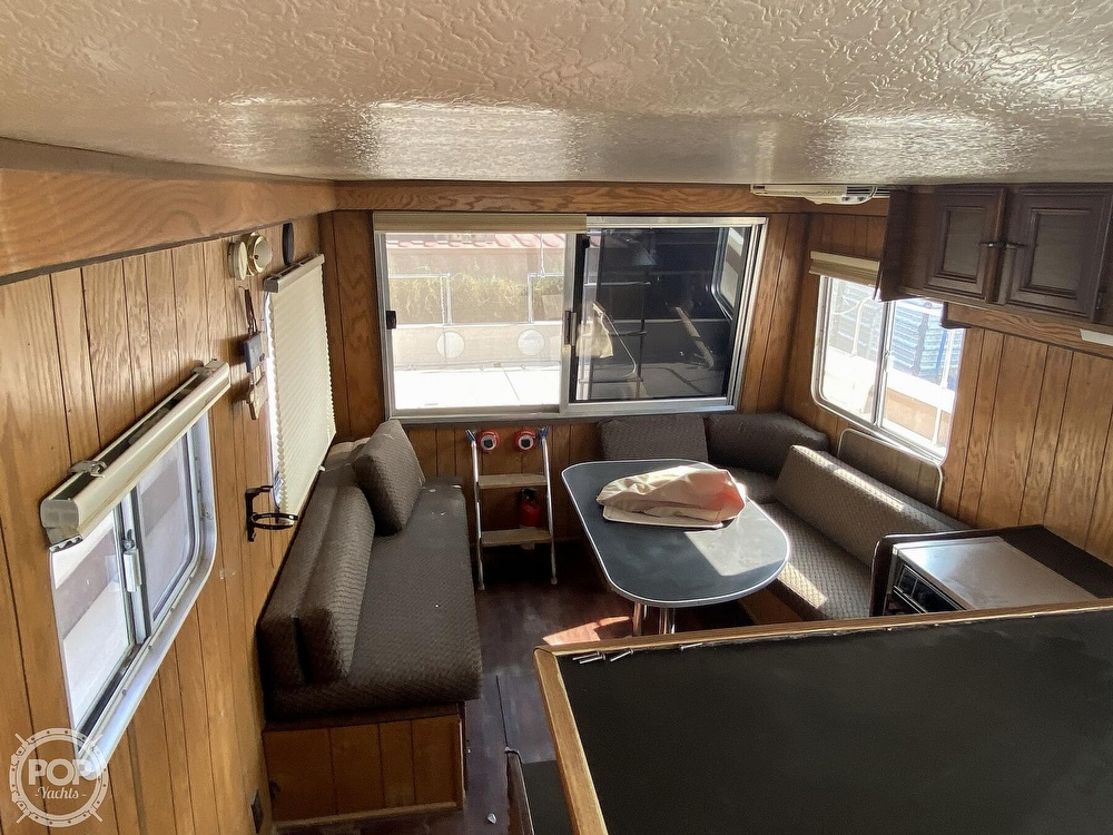 1984 Holiday Mansion boat for sale, model of the boat is Barracuda 36 & Image # 5 of 40