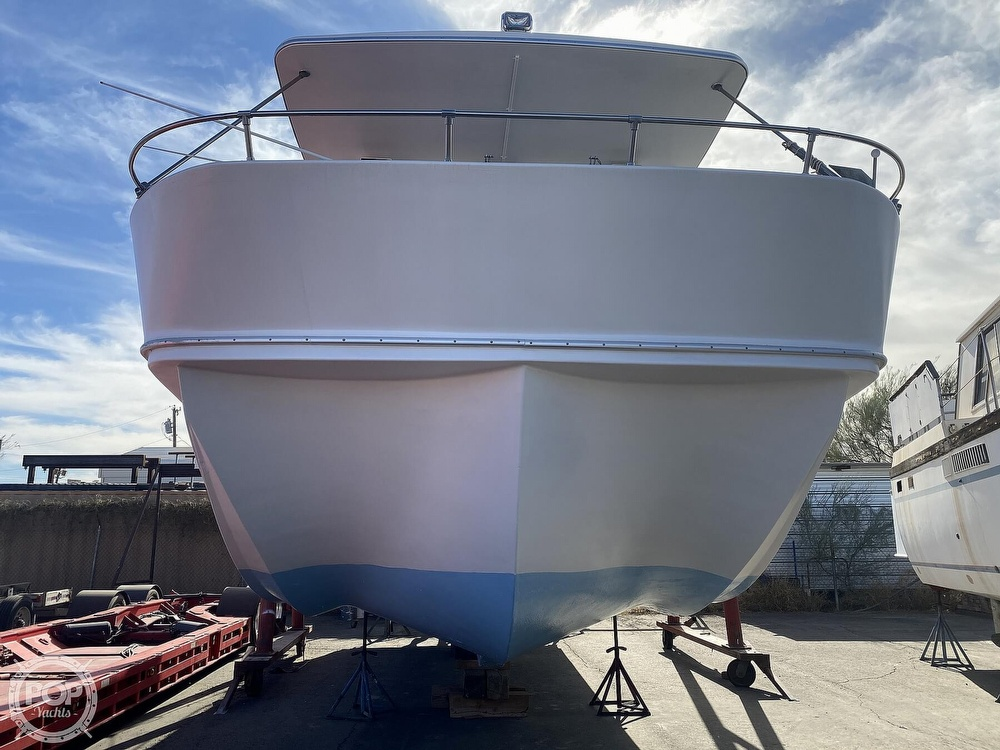 1984 Holiday Mansion boat for sale, model of the boat is Barracuda 39 & Image # 6 of 40