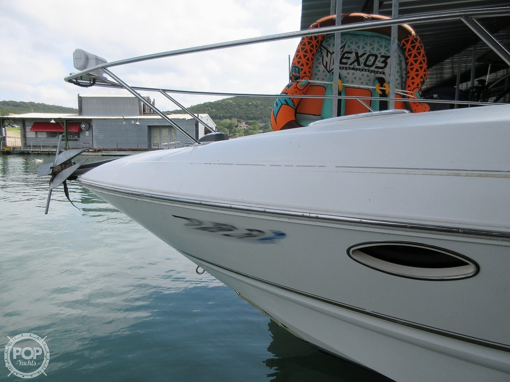 2002 Larson boat for sale, model of the boat is Cabrio 274 & Image # 22 of 40