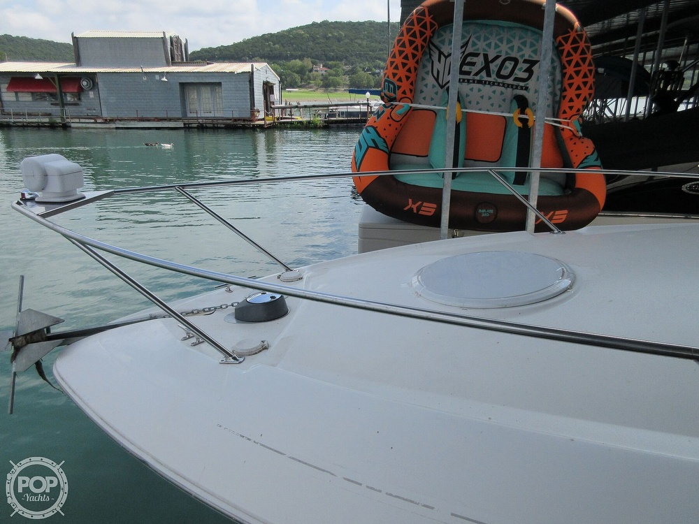 2002 Larson boat for sale, model of the boat is Cabrio 274 & Image # 26 of 40