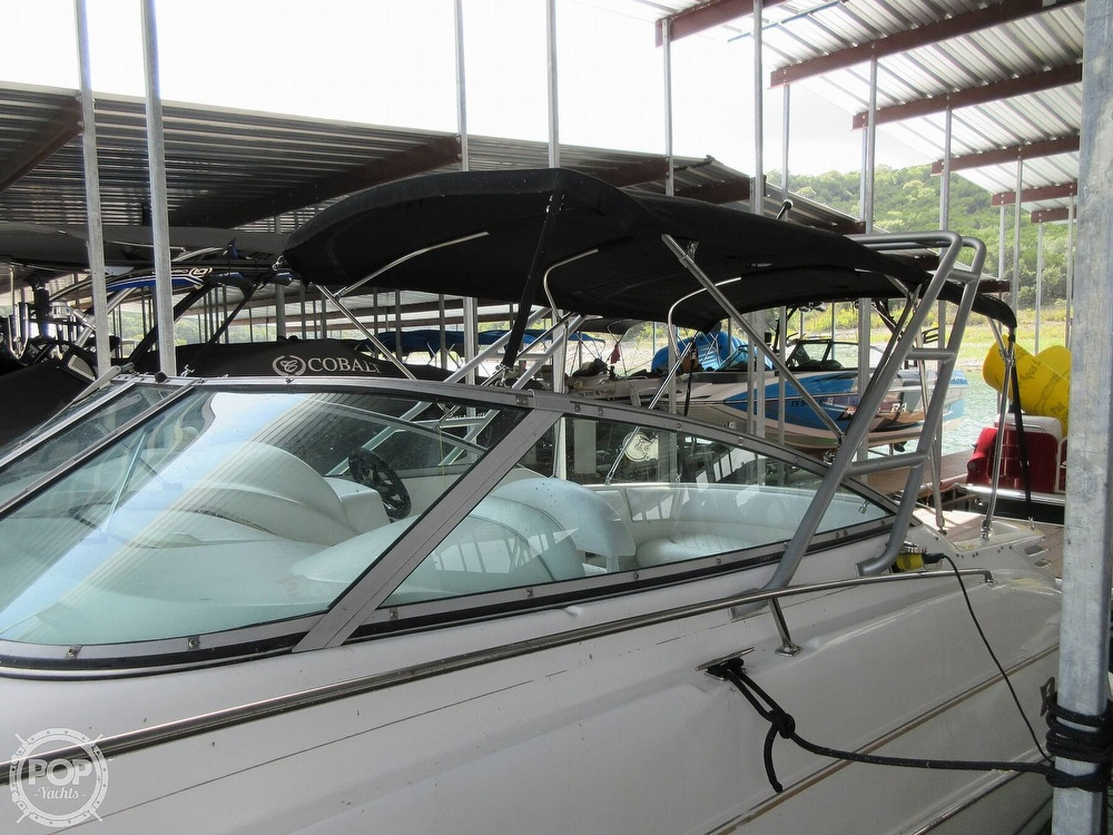 2002 Larson boat for sale, model of the boat is Cabrio 274 & Image # 29 of 40