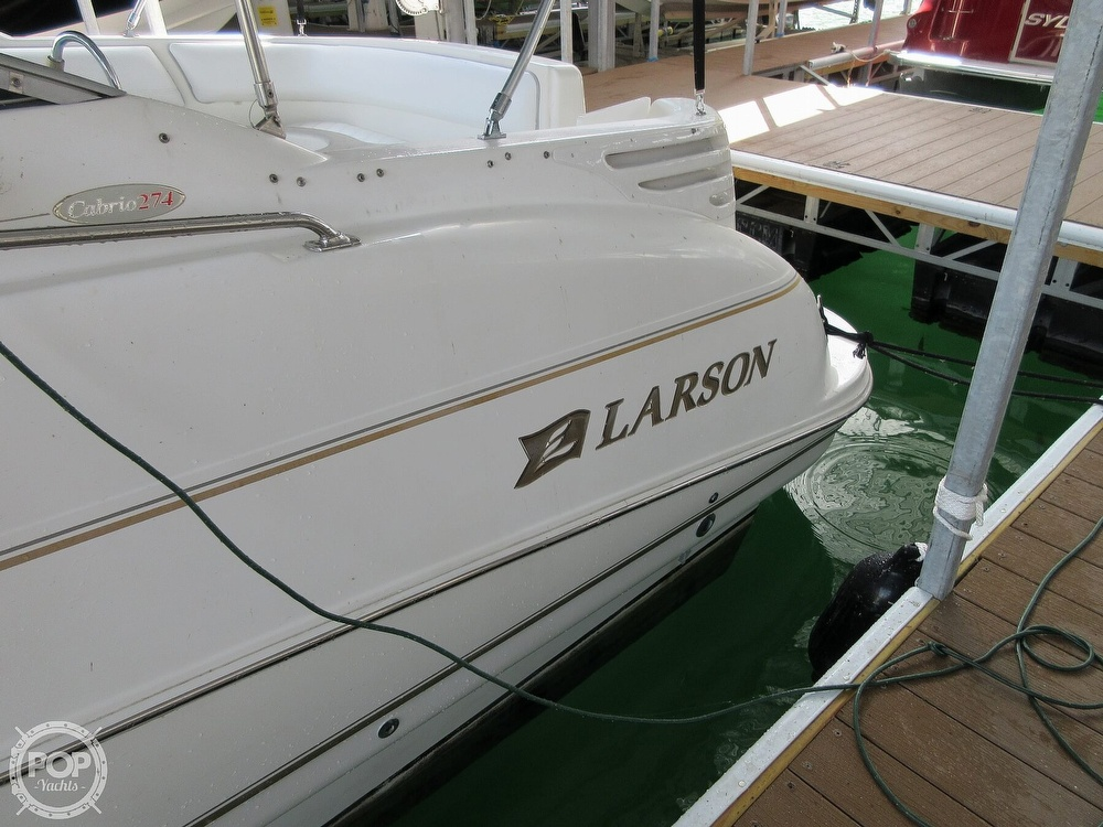 2002 Larson boat for sale, model of the boat is Cabrio 274 & Image # 31 of 40