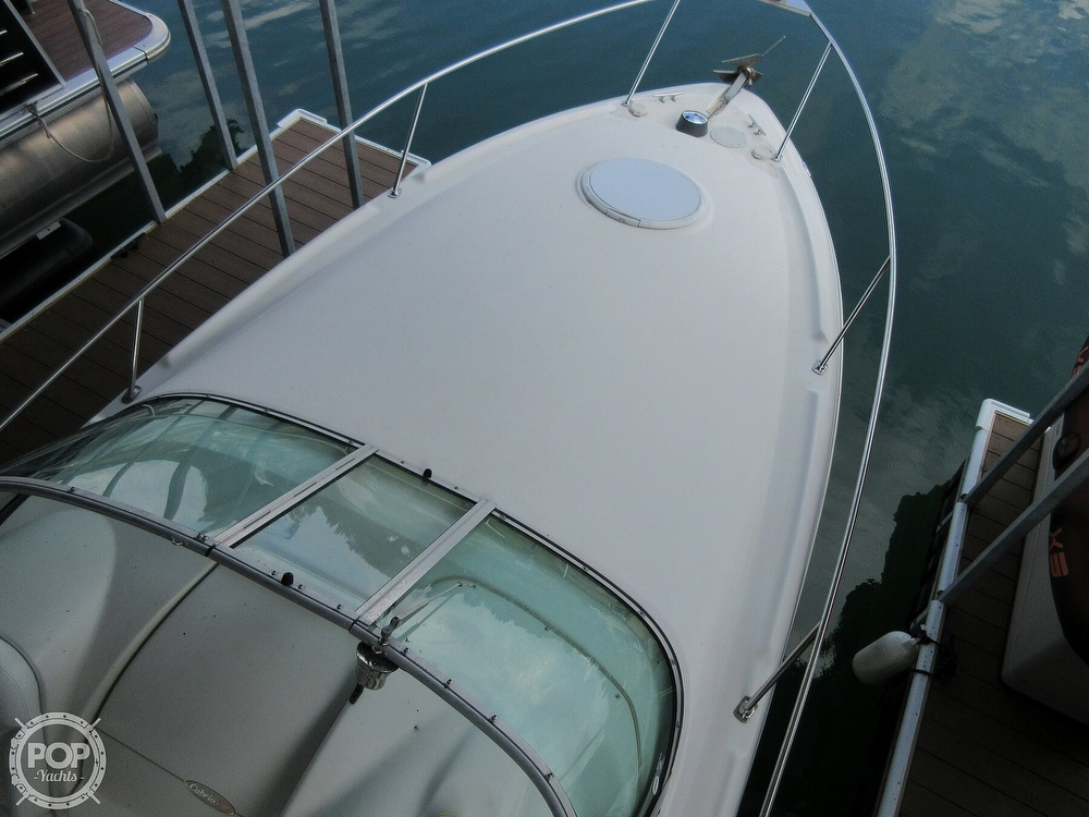 2002 Larson boat for sale, model of the boat is Cabrio 274 & Image # 3 of 40