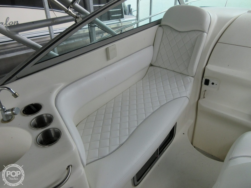 2002 Larson boat for sale, model of the boat is Cabrio 274 & Image # 7 of 40