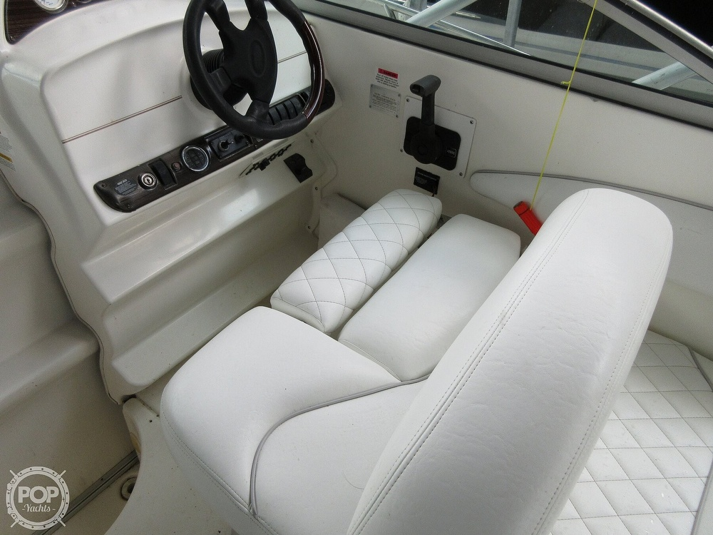 2002 Larson boat for sale, model of the boat is Cabrio 274 & Image # 8 of 40