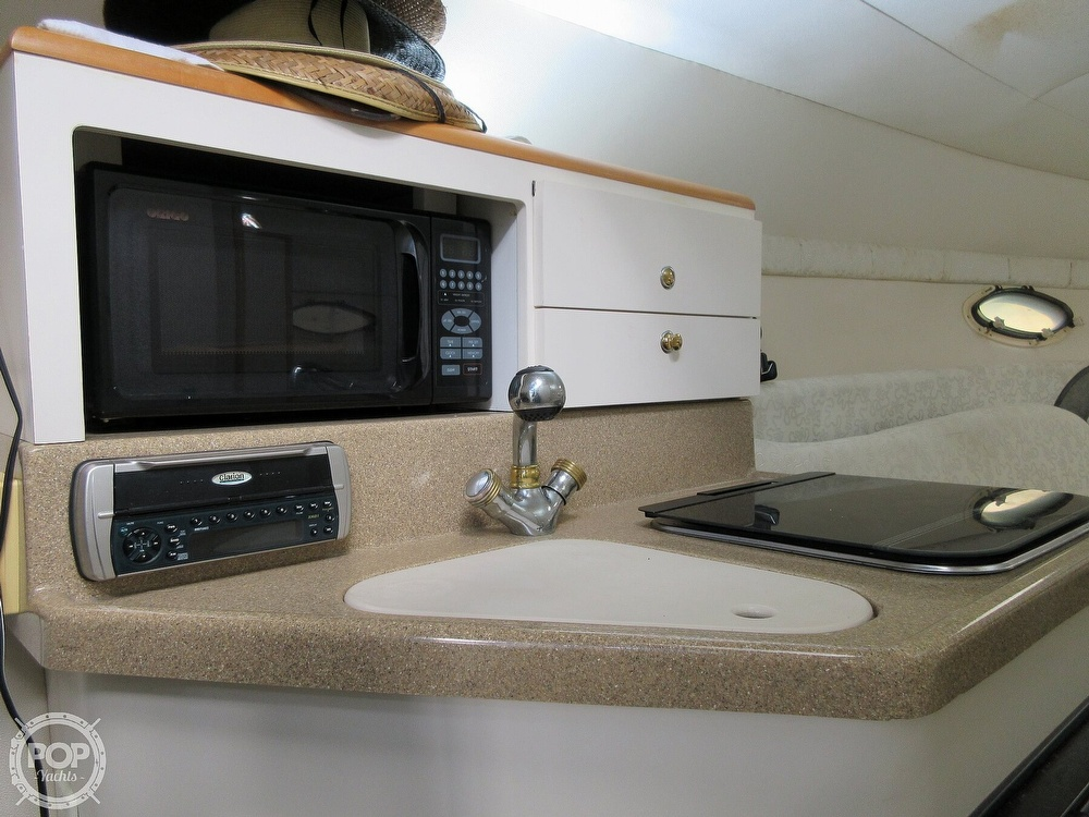 2002 Larson boat for sale, model of the boat is Cabrio 274 & Image # 11 of 40