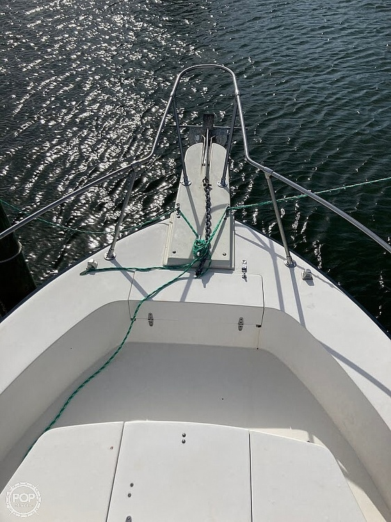 1988 Grady-White boat for sale, model of the boat is Sailfish 255 & Image # 15 of 22