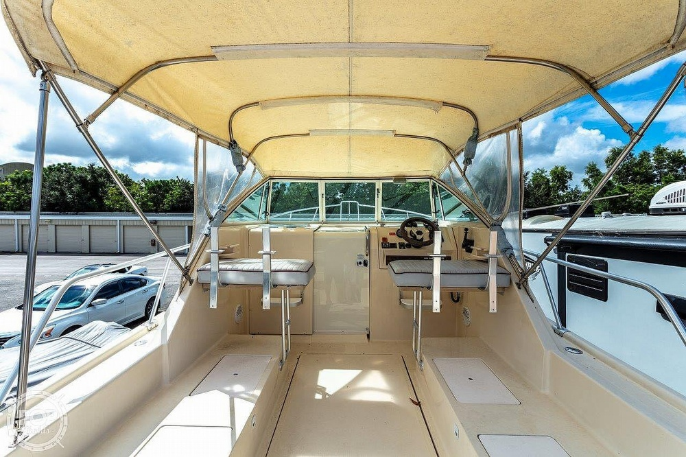 2001 Mainship boat for sale, model of the boat is Pilot 30 Rum Runner & Image # 3 of 41