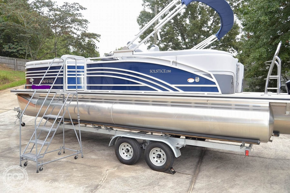 2021 Harris boat for sale, model of the boat is Solstice 230 & Image # 9 of 41