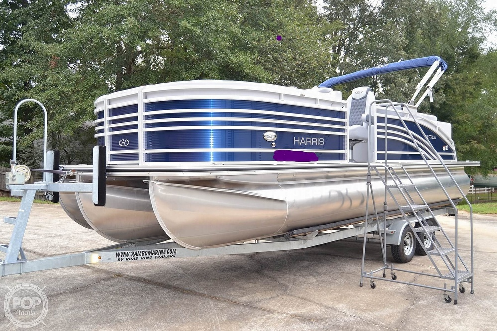 2021 Harris boat for sale, model of the boat is Solstice 230 & Image # 10 of 41