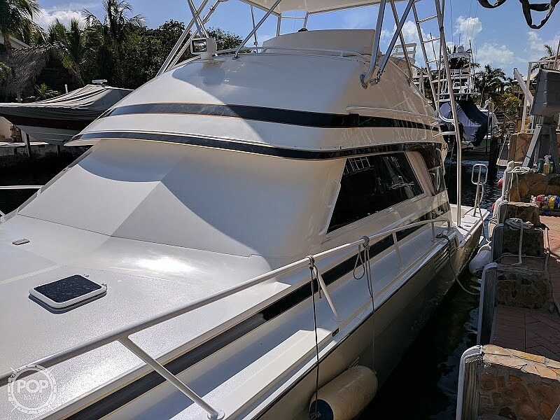 1995 Bertram boat for sale, model of the boat is 46 Convertible & Image # 3 of 35