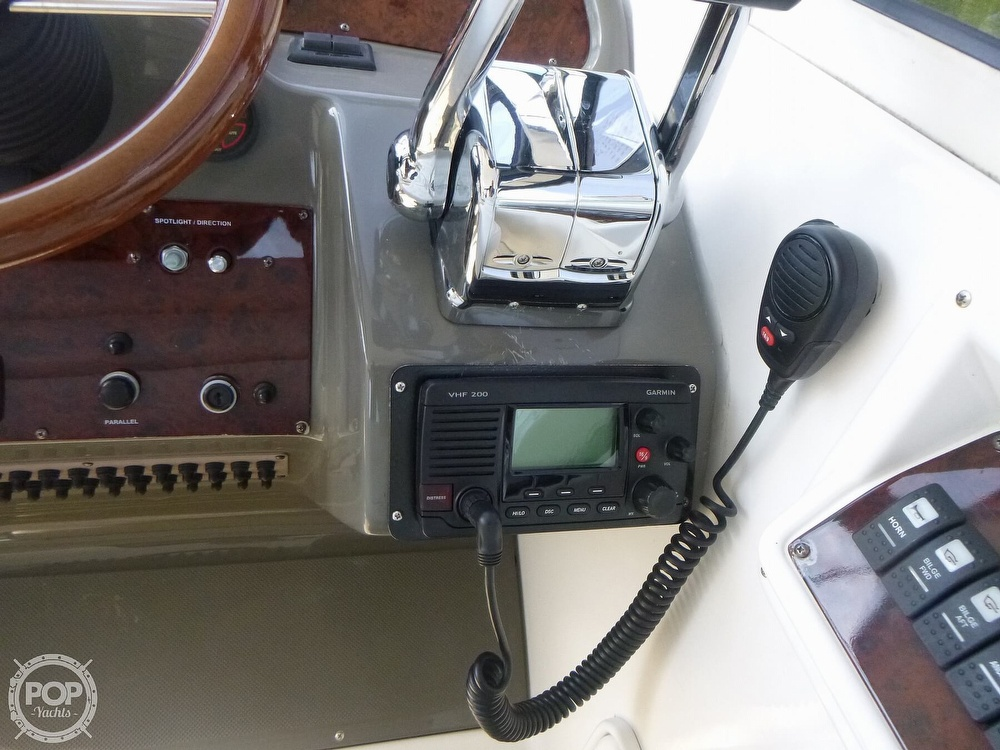 2007 Regal boat for sale, model of the boat is 3760 Commodore Sport Yacht & Image # 12 of 40