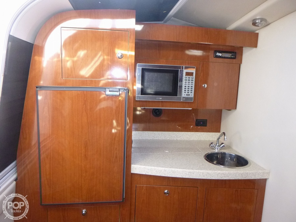 2007 Regal boat for sale, model of the boat is 3760 Commodore Sport Yacht & Image # 35 of 40