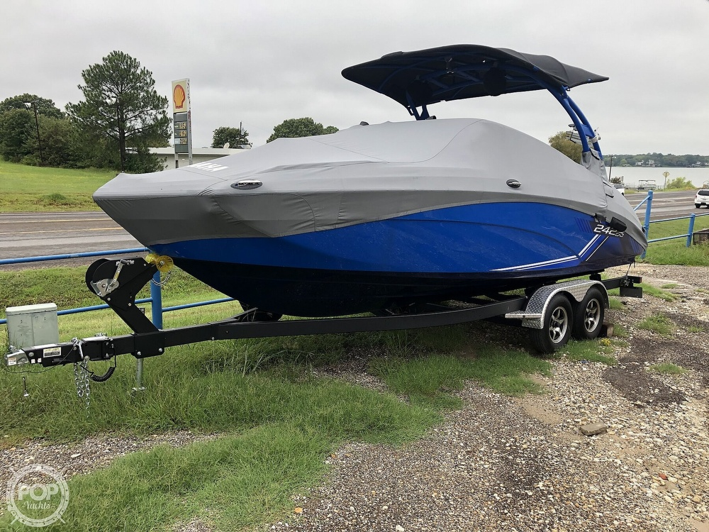 2019 Yamaha boat for sale, model of the boat is 242 X E SERIES & Image # 5 of 40