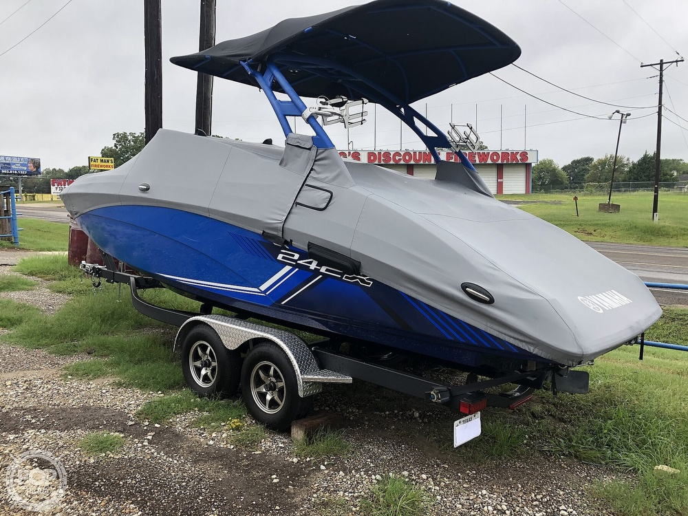2019 Yamaha boat for sale, model of the boat is 242 X E SERIES & Image # 6 of 40
