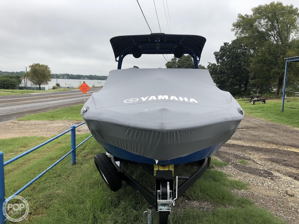 2019 Yamaha boat for sale, model of the boat is 242 X E SERIES & Image # 9 of 40