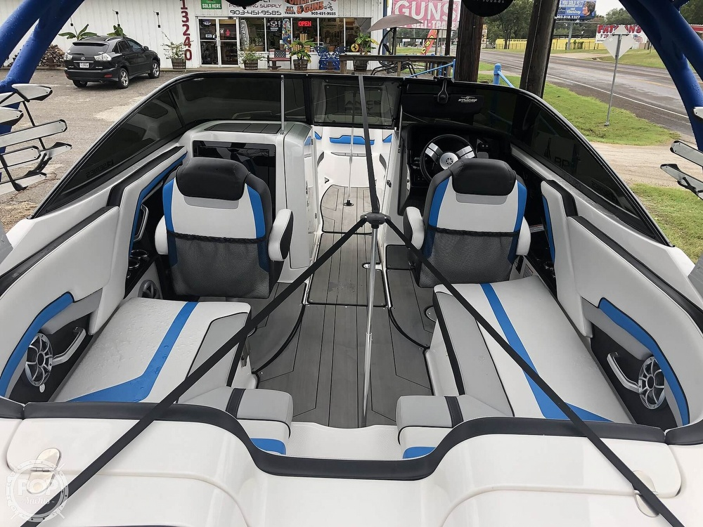 2019 Yamaha boat for sale, model of the boat is 242 X E SERIES & Image # 11 of 40
