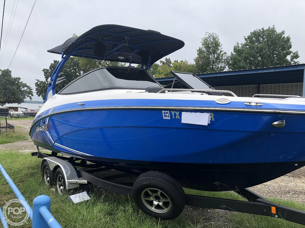 2019 Yamaha boat for sale, model of the boat is 242 X E SERIES & Image # 29 of 40