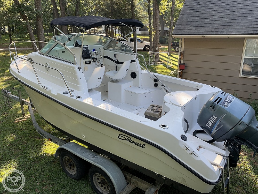 2002 Seaswirl boat for sale, model of the boat is Striper 2101 WA & Image # 9 of 40