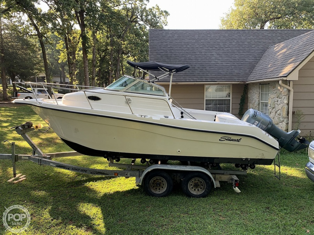 2002 Seaswirl boat for sale, model of the boat is Striper 2101 WA & Image # 10 of 40