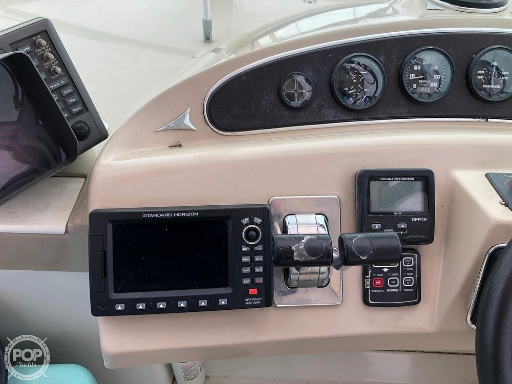 2005 Carver boat for sale, model of the boat is 36 Mariner & Image # 24 of 40
