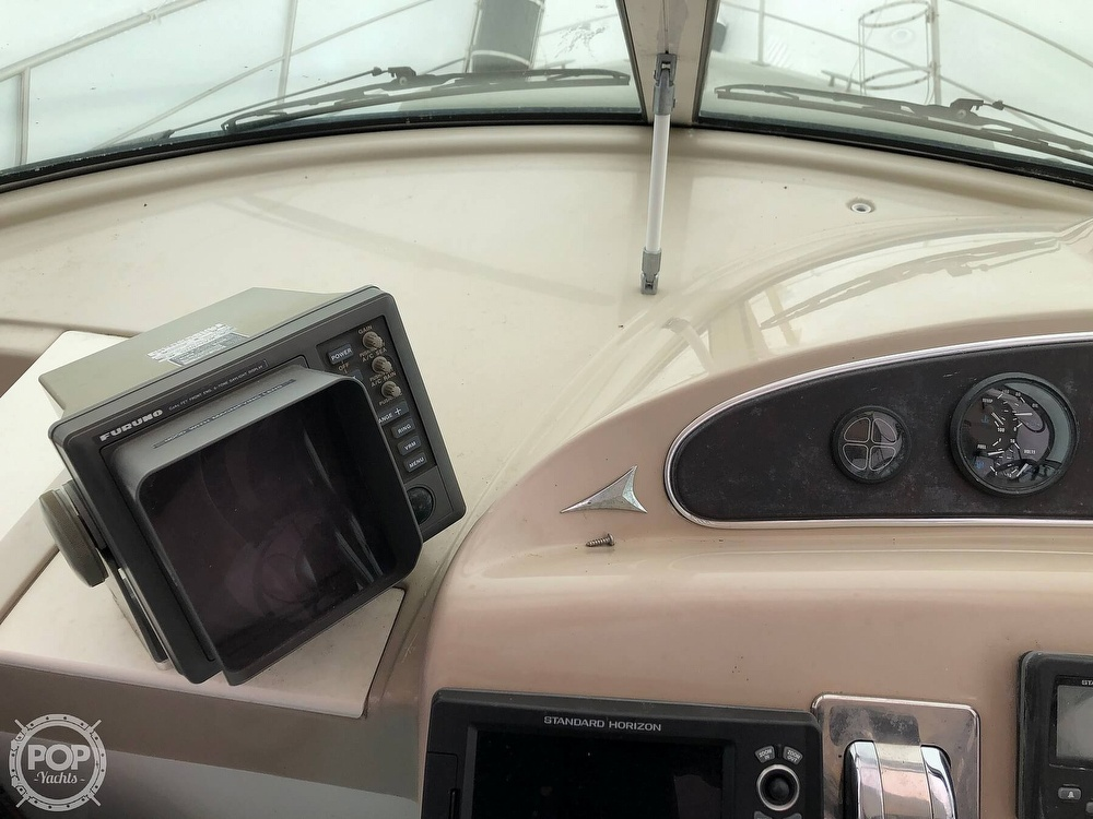 2005 Carver boat for sale, model of the boat is 36 Mariner & Image # 25 of 40