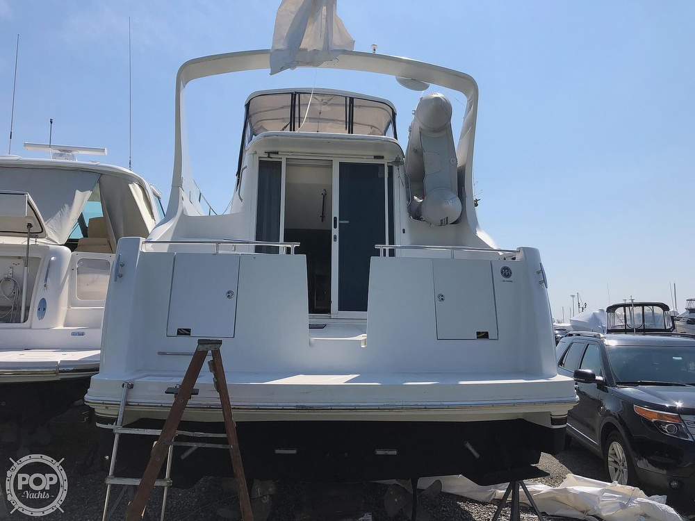 2005 Carver boat for sale, model of the boat is 36 Mariner & Image # 3 of 40