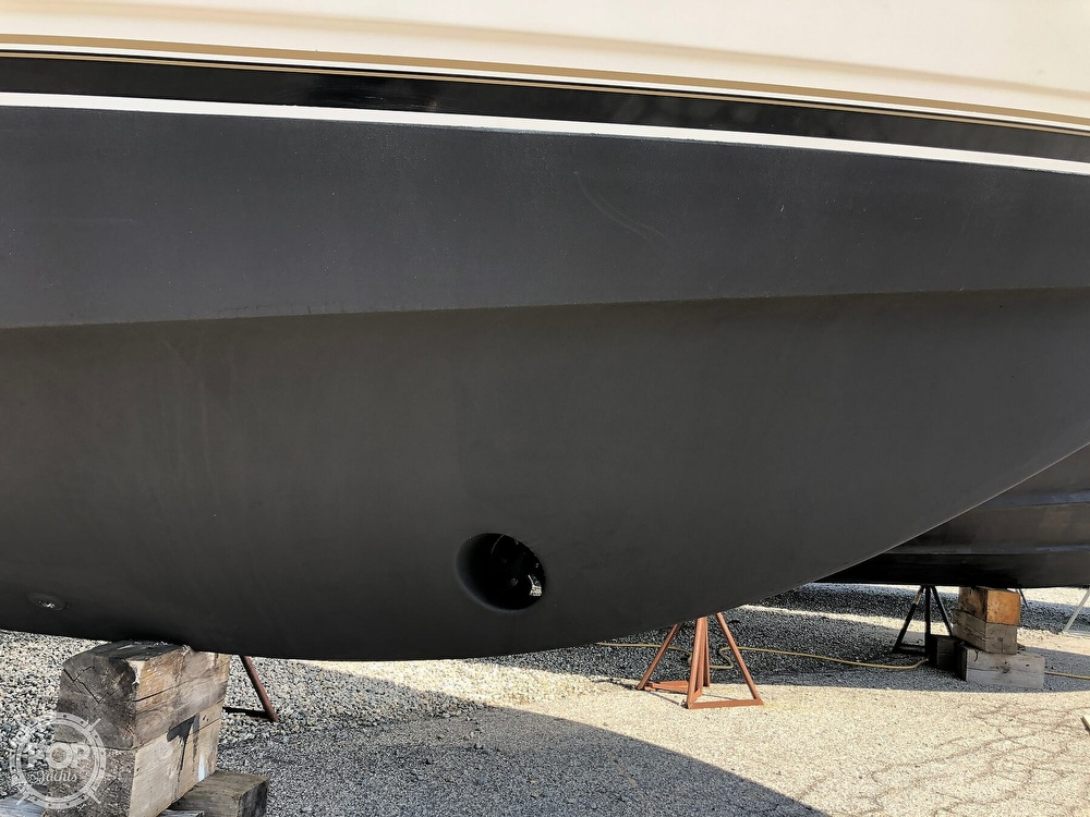 2005 Carver boat for sale, model of the boat is 36 Mariner & Image # 19 of 40