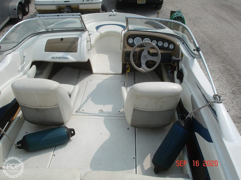 2002 Glastron boat for sale, model of the boat is GX 185 & Image # 14 of 41