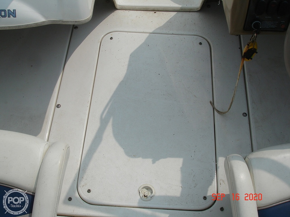 2002 Glastron boat for sale, model of the boat is GX 185 & Image # 19 of 41