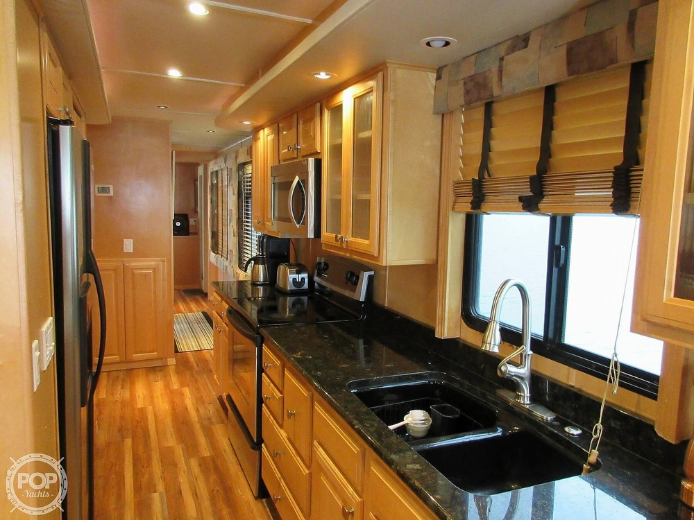 2002 Sumerset Houseboats boat for sale, model of the boat is 80 x 18 & Image # 8 of 40