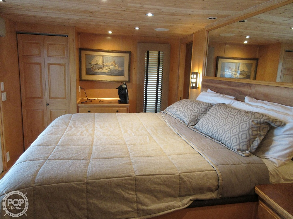 2002 Sumerset Houseboats boat for sale, model of the boat is 80 x 18 & Image # 9 of 40