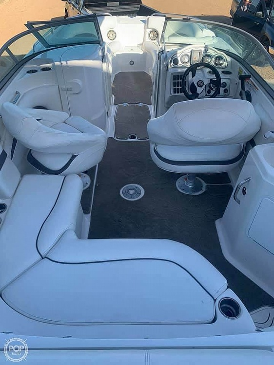 2012 Hurricane boat for sale, model of the boat is 2400 Sun Deck & Image # 6 of 10