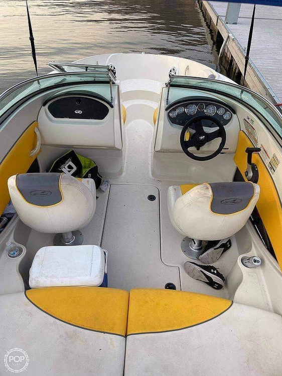 2007 Sea Ray boat for sale, model of the boat is 185 Sport & Image # 16 of 40