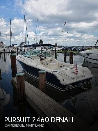 2001 Pursuit boat for sale, model of the boat is 2460 & Image # 1 of 40