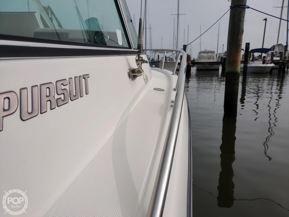 2001 Pursuit boat for sale, model of the boat is 2460 & Image # 25 of 40