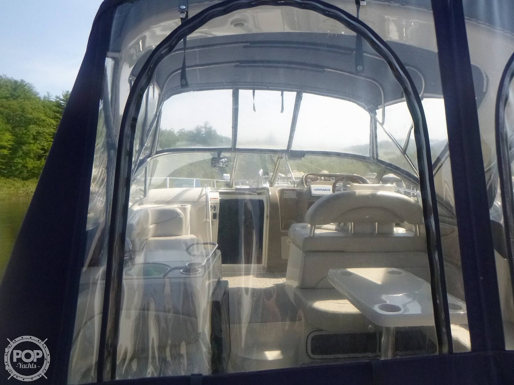 2006 Larson boat for sale, model of the boat is 330 Cabrio & Image # 9 of 40