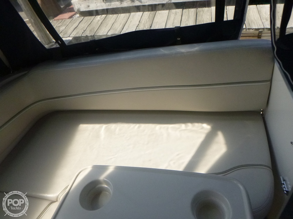 2006 Larson boat for sale, model of the boat is 330 Cabrio & Image # 29 of 40