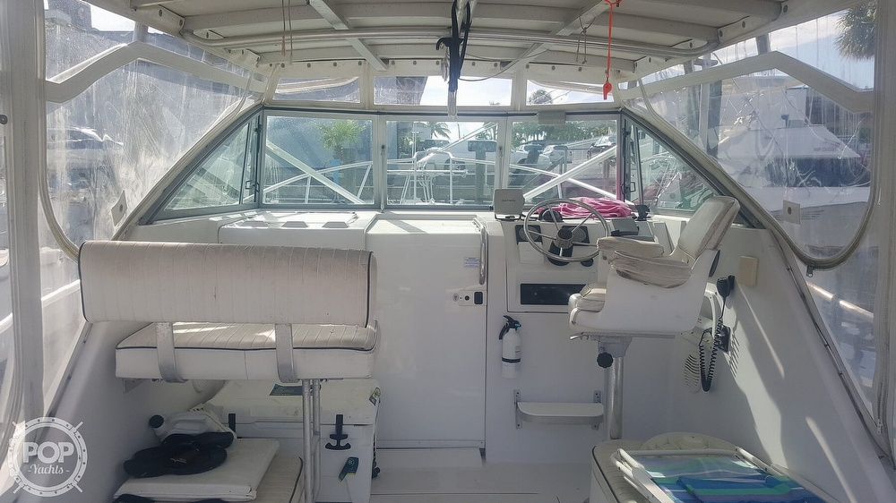 1998 Mainship boat for sale, model of the boat is 30 Pilot & Image # 11 of 40