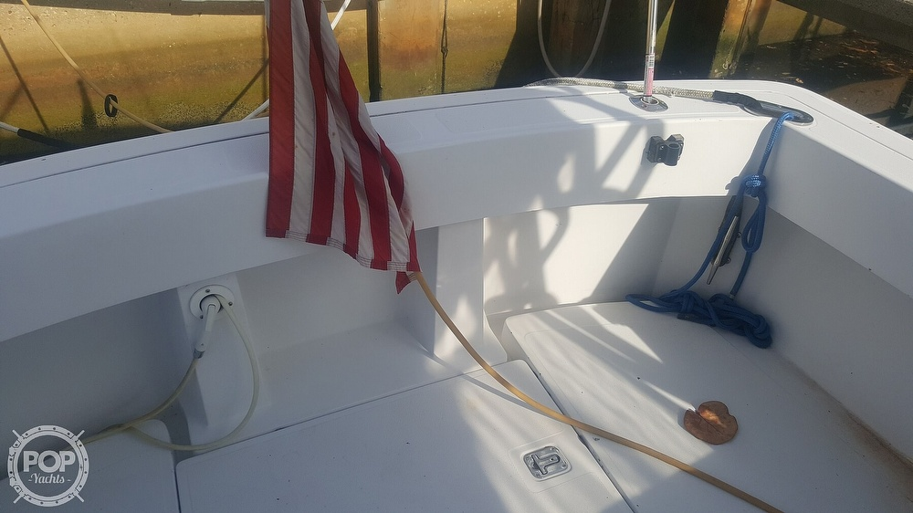 1998 Mainship boat for sale, model of the boat is 30 Pilot & Image # 17 of 40