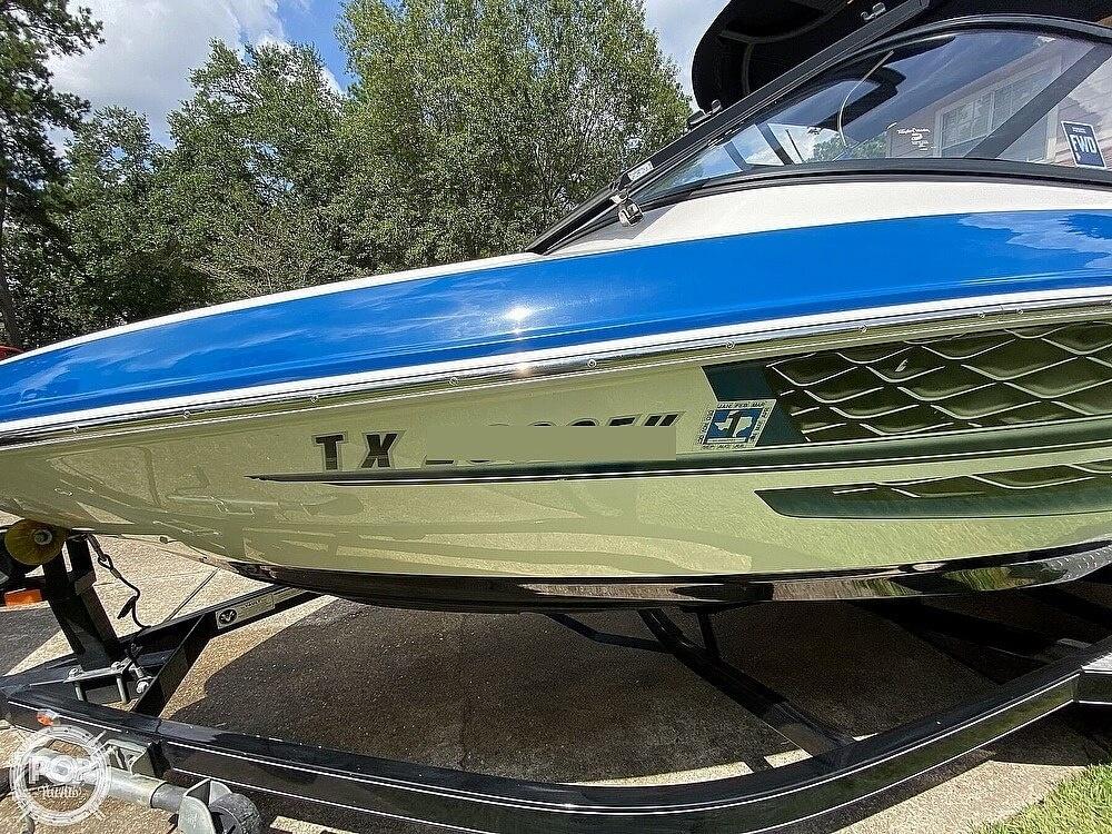 2018 Regal boat for sale, model of the boat is 1900 ESX Surf & Image # 4 of 40