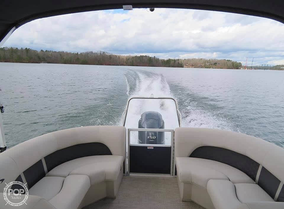 2019 Bennington boat for sale, model of the boat is SX22 RXP & Image # 6 of 40