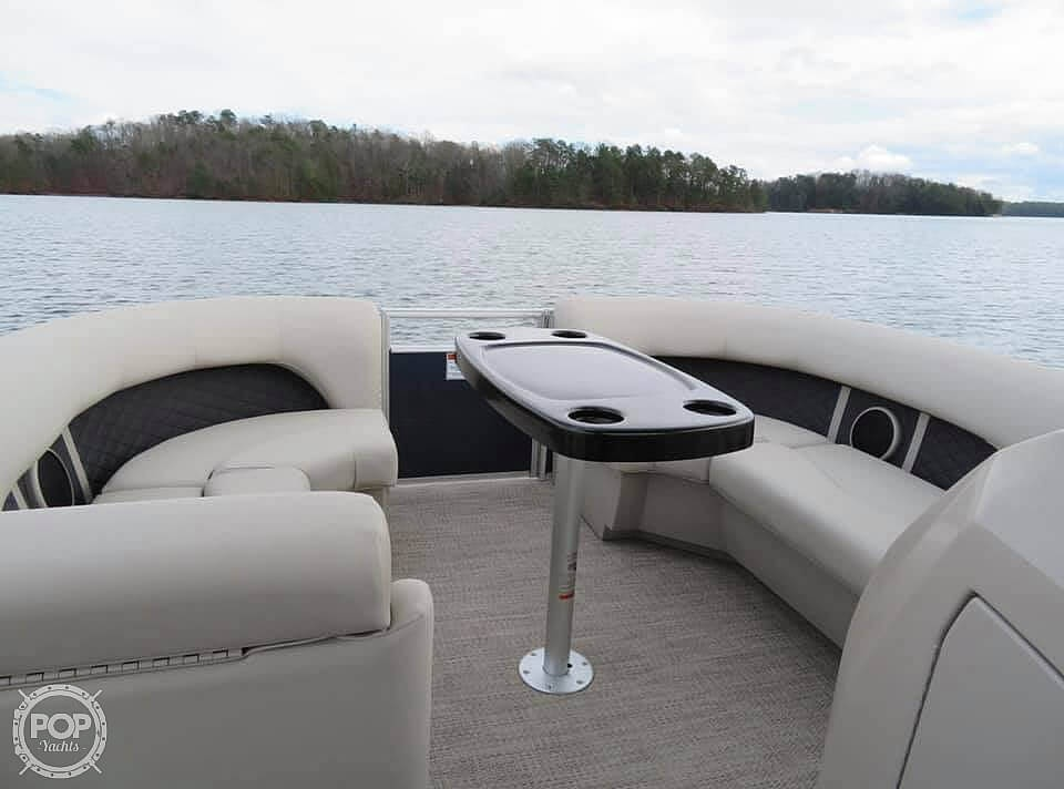 2019 Bennington boat for sale, model of the boat is SX22 RXP & Image # 7 of 40