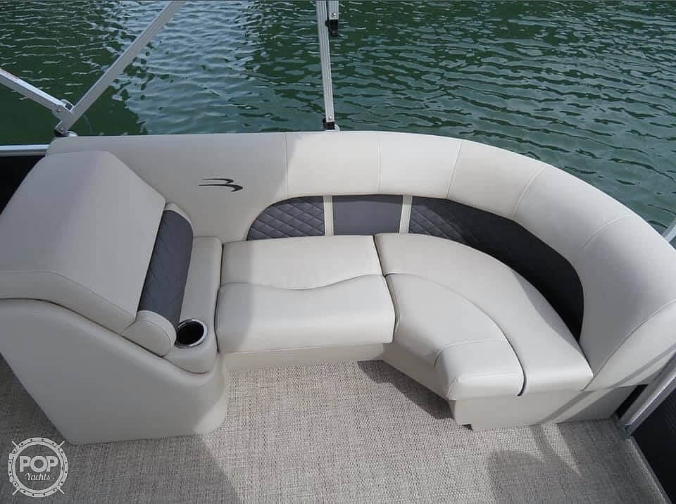 2019 Bennington boat for sale, model of the boat is SX22 RXP & Image # 9 of 40