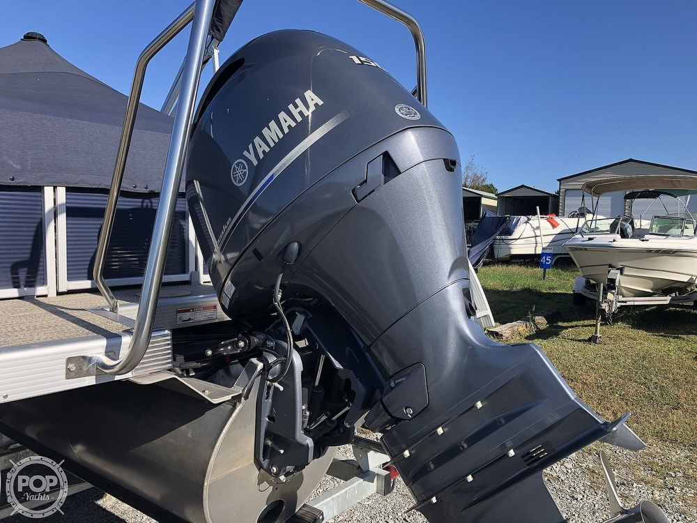 2019 Bennington boat for sale, model of the boat is SX22 RXP & Image # 16 of 40