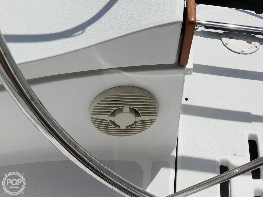 1992 Hunter boat for sale, model of the boat is Legend 37.5 & Image # 36 of 40